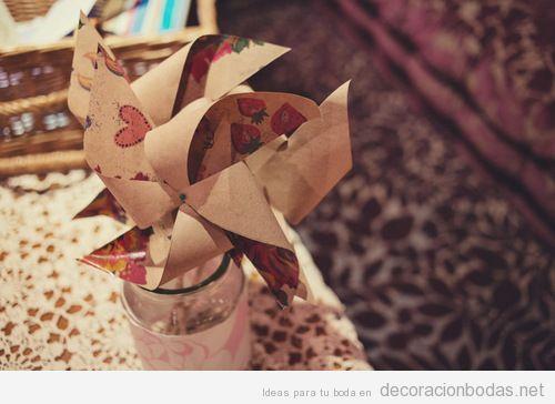 Detalle decoración de boda vintage, molinillo de papel