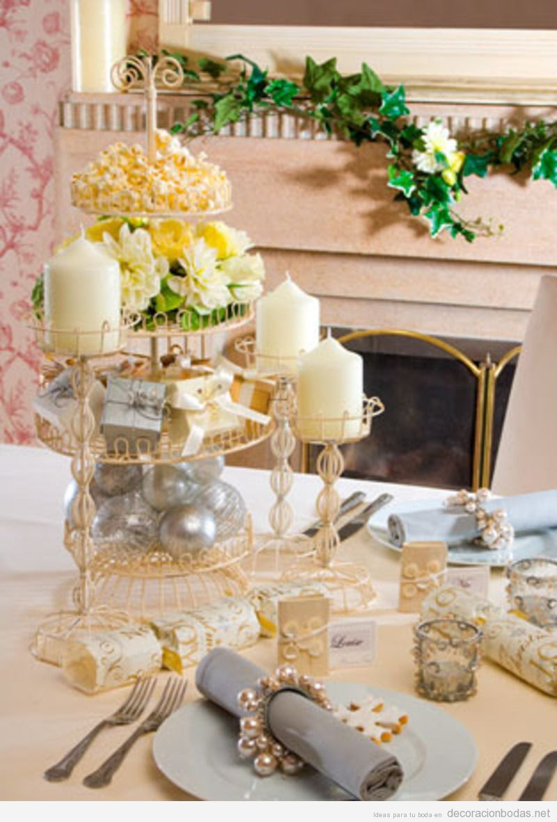 Como decorar mesa de pastel 1000 images about baces para for Mesas de bodas decoradas