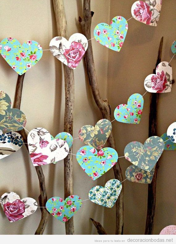 Guirnalda de corazones de papel estampado decoraci n diy for Decoracion de guirnaldas