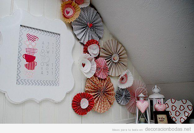 Rosetas de papel para decorar salones boda vintage