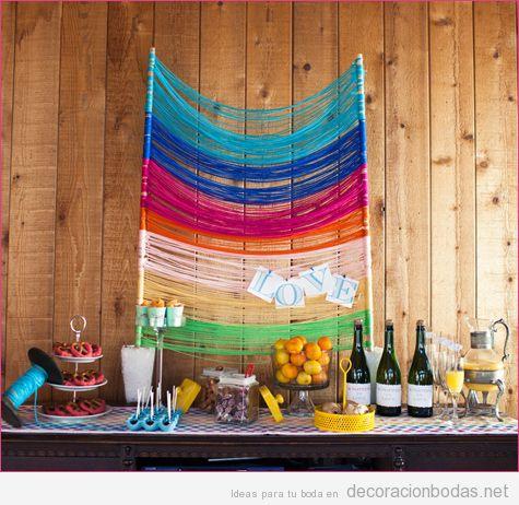 Decoración barra de comida y bebidas en boda con hilos