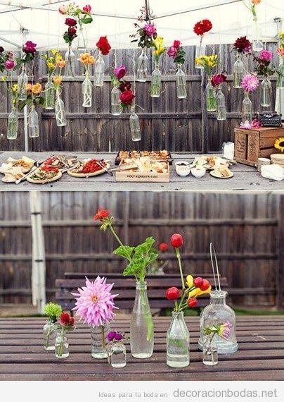 Boda bajo preuspuesto, barra de pica pica decorada flores