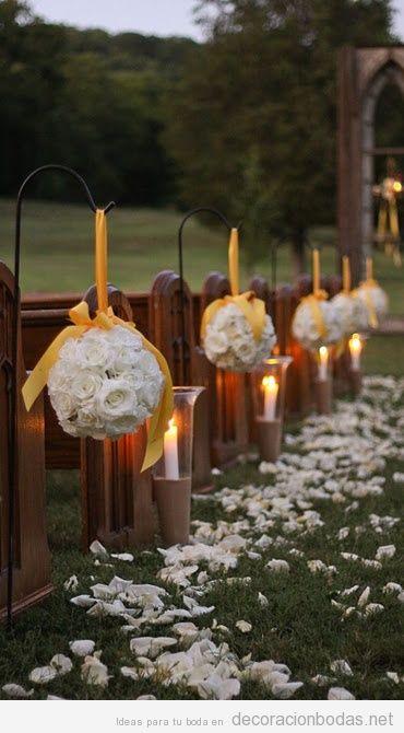 ideas para decorar asientos y paseo hacia el altar en una boda en el jardn