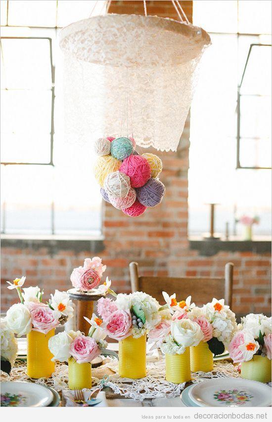 decoracin original y bonita para boda con ovillos de lana