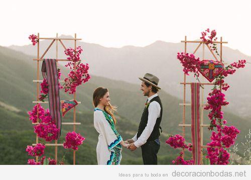 Ideas para decorar un altar de una ceremonia hippie en la montaña