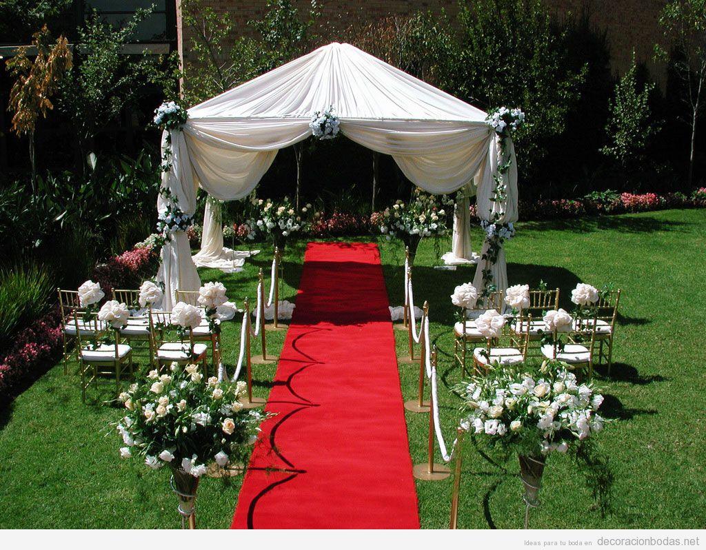 Ideas decoración ceremonia y banquuete en patio o jardín trasero de casa