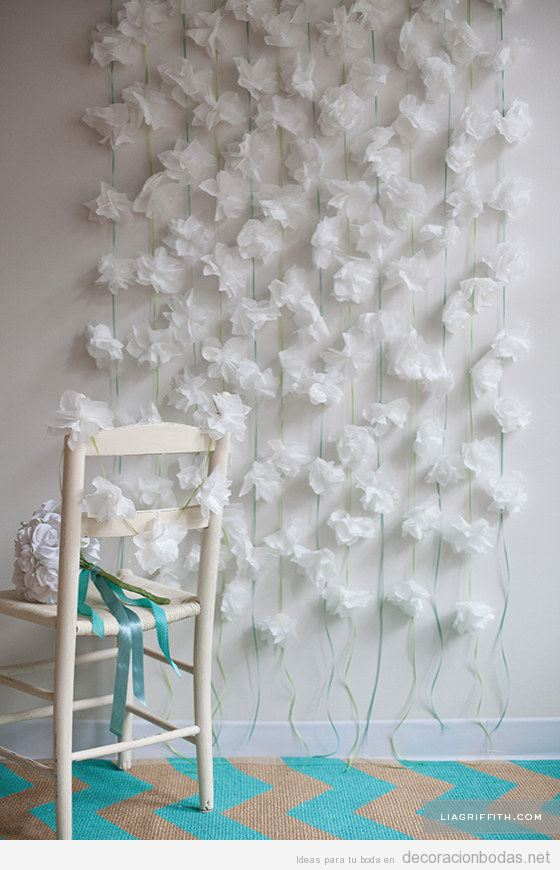 decorar pared saln bodas diy con flores papel