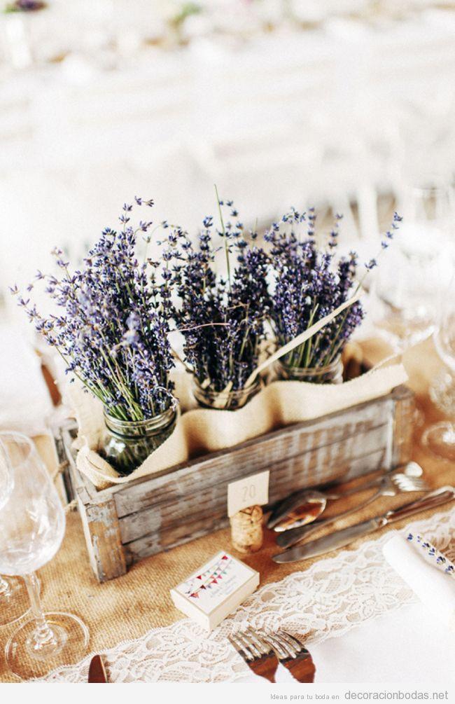 Centro de mesa vintage con lavanda perfecto para bodas en for Mesas de centro vintage