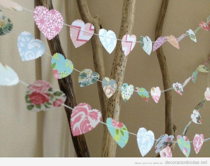 Guirnalda corazones papel DIY decorar bod