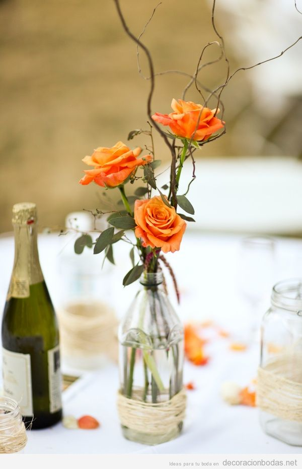 Rosas color naranja para decorar mesa bodas 3