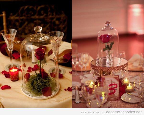 Centro de mesa con fanal y rosa para boda La Bella y la Bestia