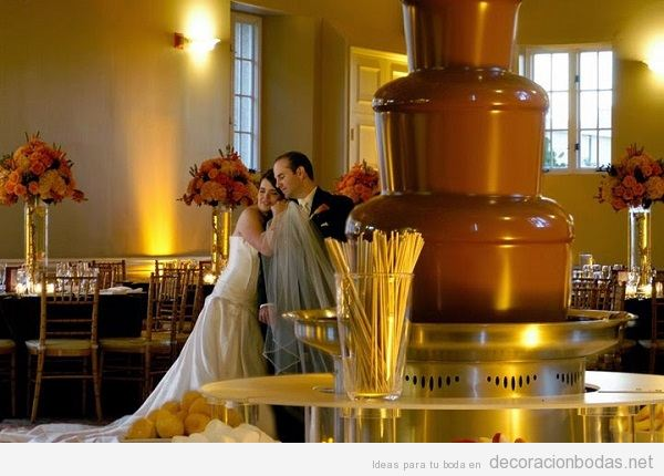 Fuentes de chocolate para bodas 2