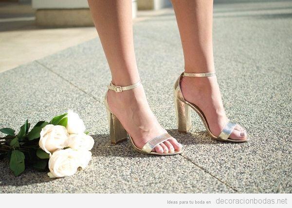 Sandalias boda doradas