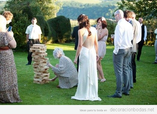 Juegos para boda Jenga gigante