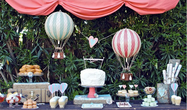 Decoración con globos para bodas, candy bar 3