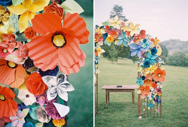 Arco altar boda flores papel