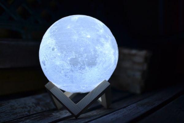 Lámpara luna llena