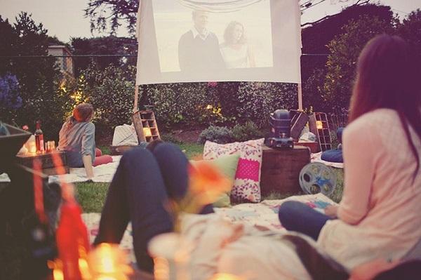 Ideas geniales para despedidas de soltera, cine al aire libre
