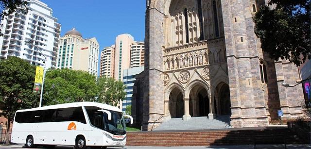 Las ventajas de alquilar un autocar para una boda
