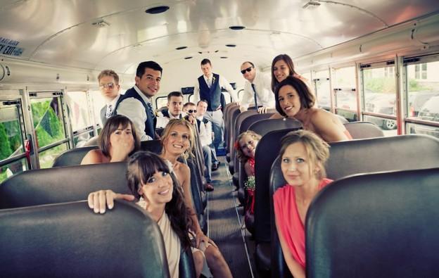 Alquilar minibus boda