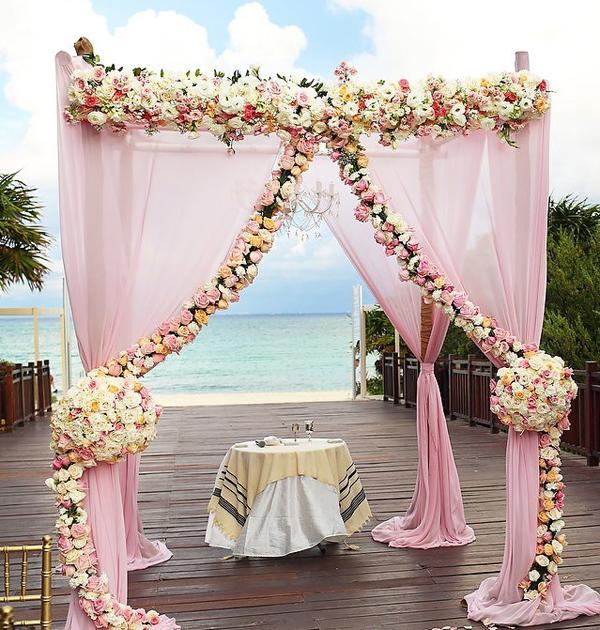 Altar boda rosa