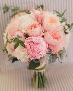 Ramos de novia peonía y rosa inglesa 2
