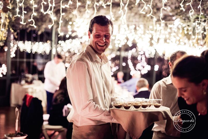 ¿Estáis buscando un catering en Barcelona para vuestra boda? ¡Atentos!