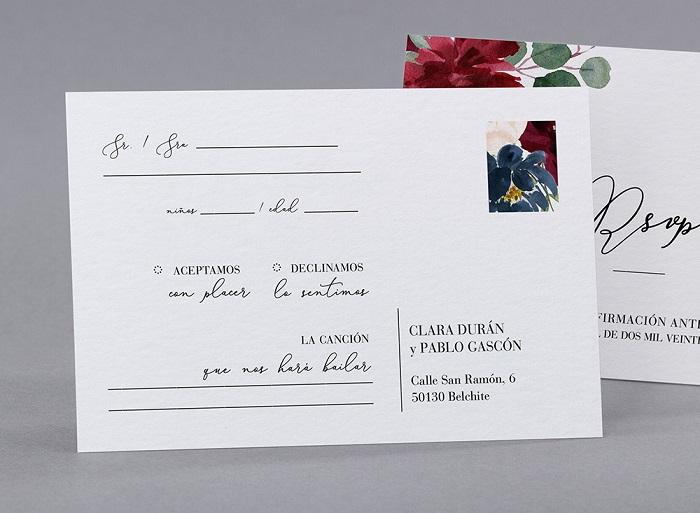 Cartão de confirmação de casamento de papelaria