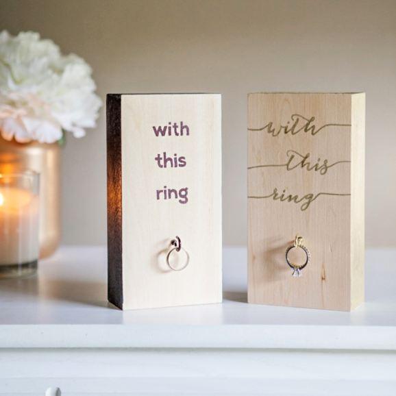 Soporte llevar anillos de boda de madera DIY