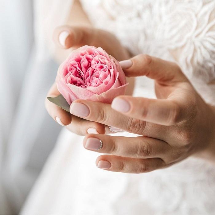 Ceremonia de boda decorada con flor preservadas