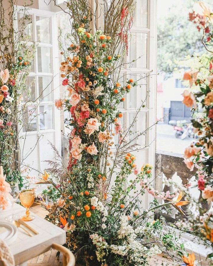 Columna de flores boda 2020